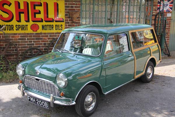 1964-Mini-MK1-Countryman