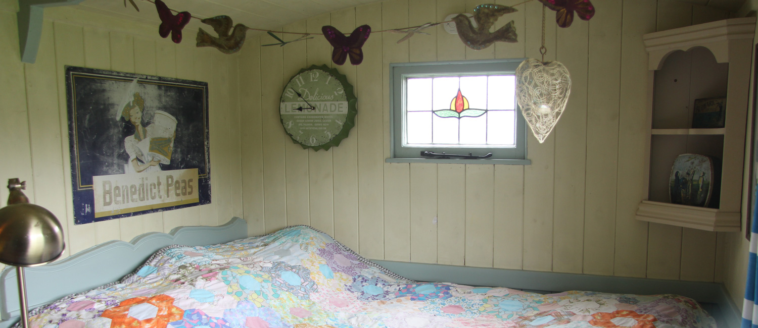 Cosy-Double-Bed-Glamping