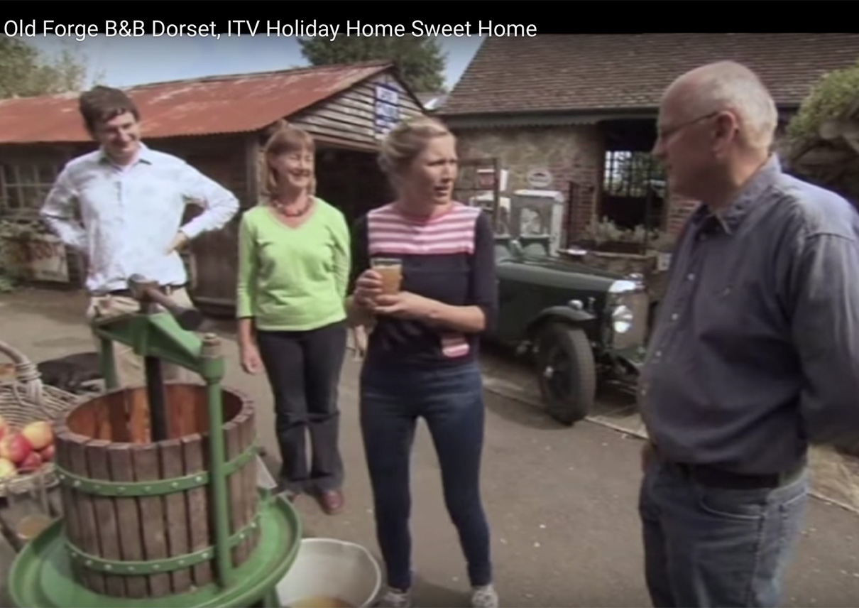 Holiday-Home-Sweet-Home-ITV