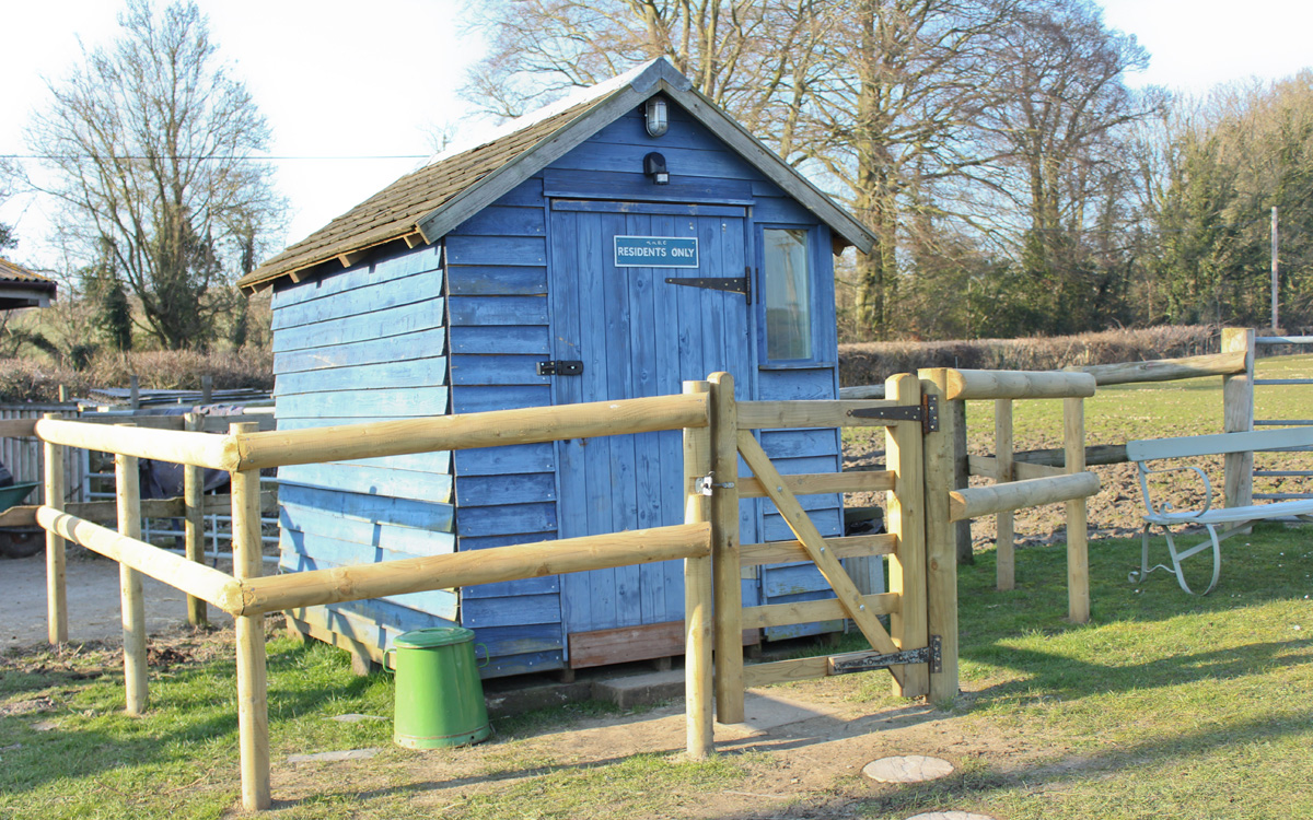 Tuck-Shop-Shed