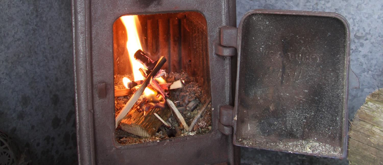Wood-Burning-Hut