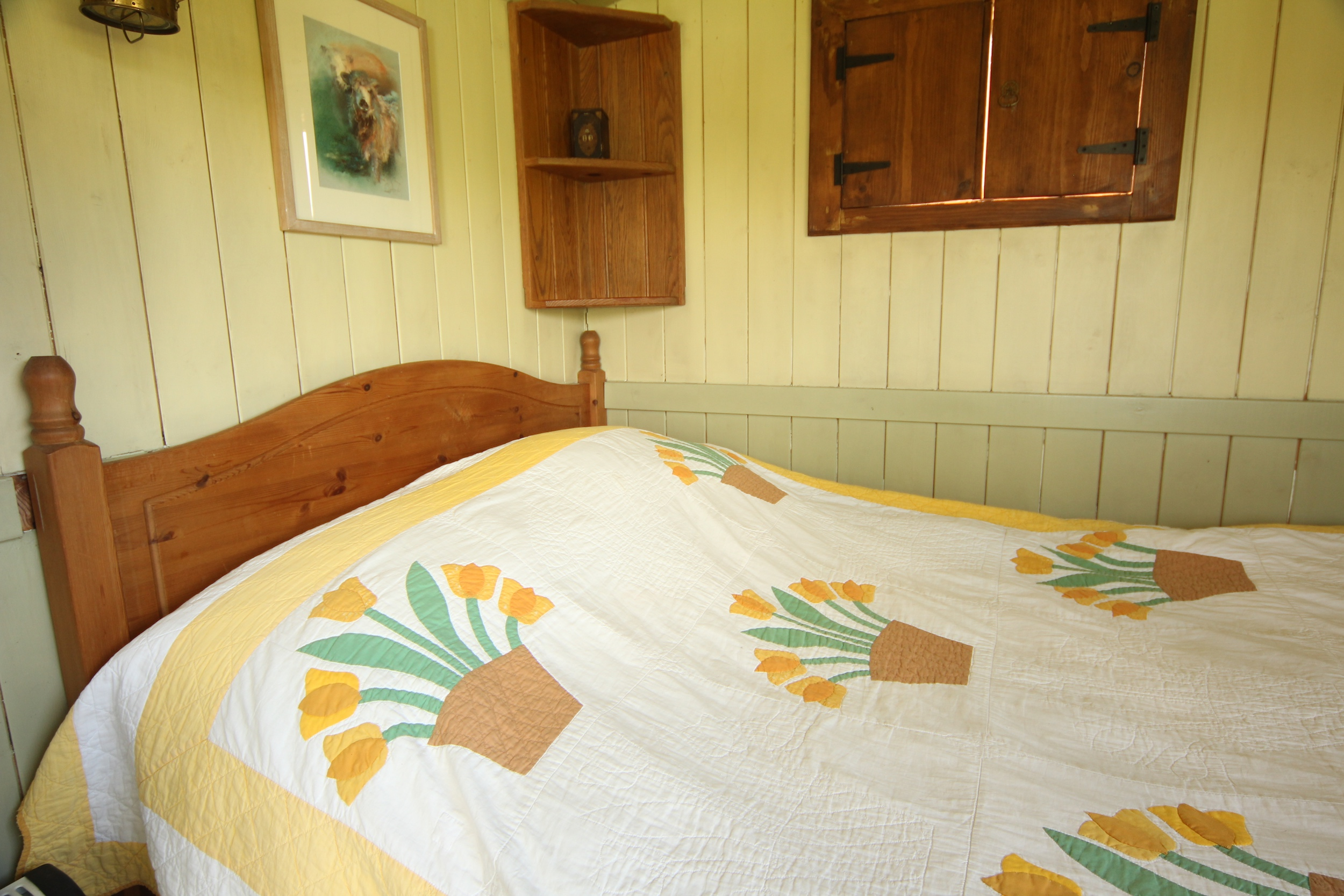 The-Shepherds-Double-Bed