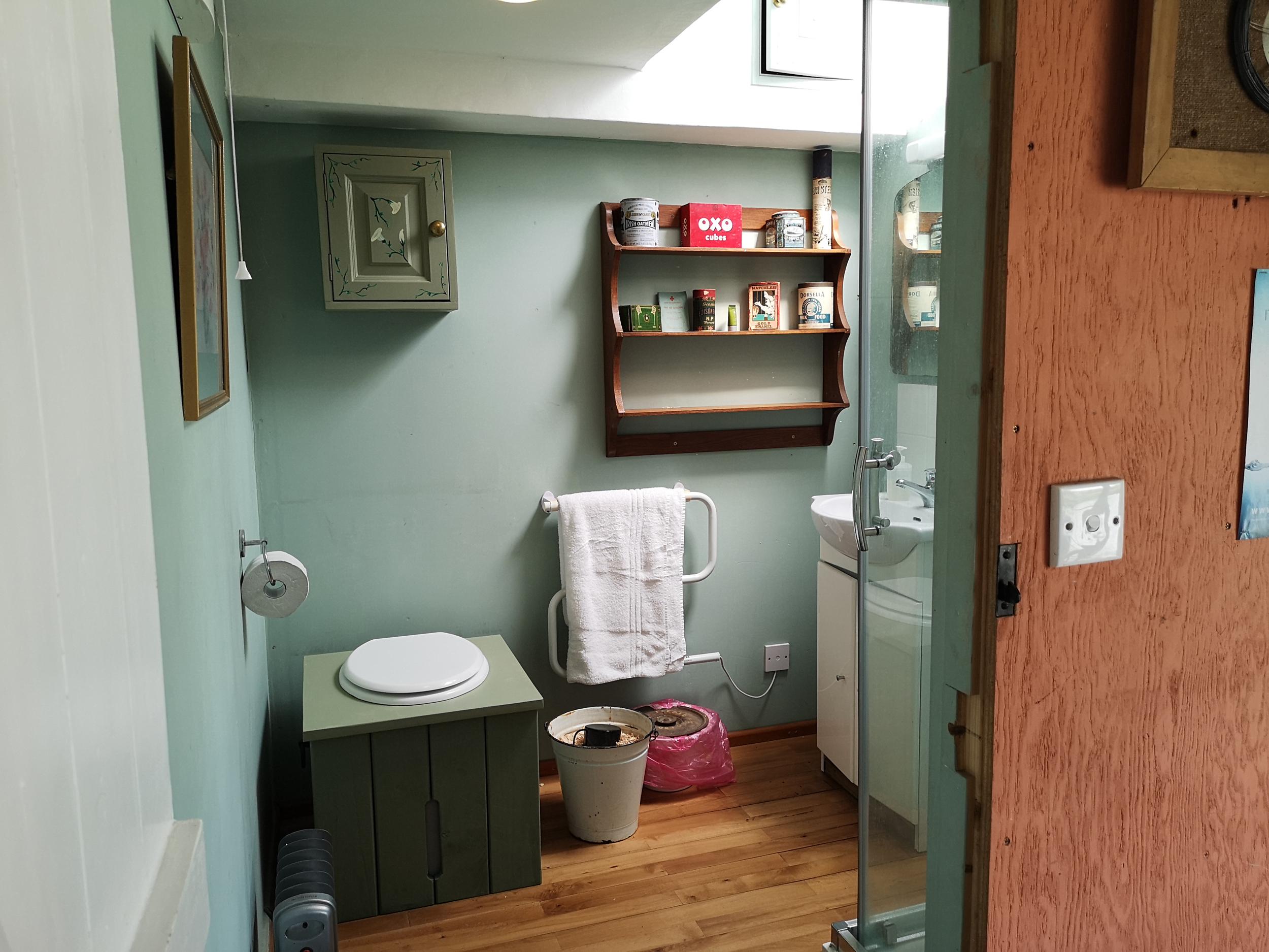 Mabel-bathroom-compost-loo-shower